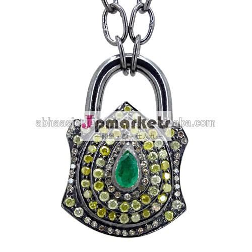 925スターリングシルバーダイヤモンドロックペンダント、 ファッションジュエリー、 ダイヤモンドチェーンを作るジュエリーのサプライヤ、 エメラルドの宝石宝飾品問屋・仕入れ・卸・卸売り