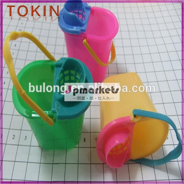 新しいスタイルの人気のある面白い2014年ちゃちなプラスチック製のおもちゃ問屋・仕入れ・卸・卸売り