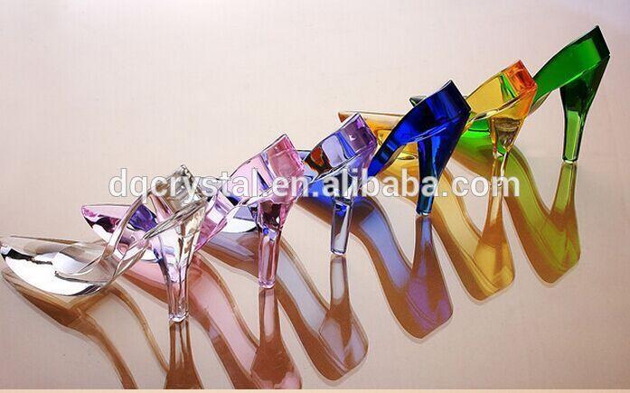 絶妙なユニークなカラフルなクリスタルと女性のための靴エレガンス愛とテーマ-記念品問屋・仕入れ・卸・卸売り