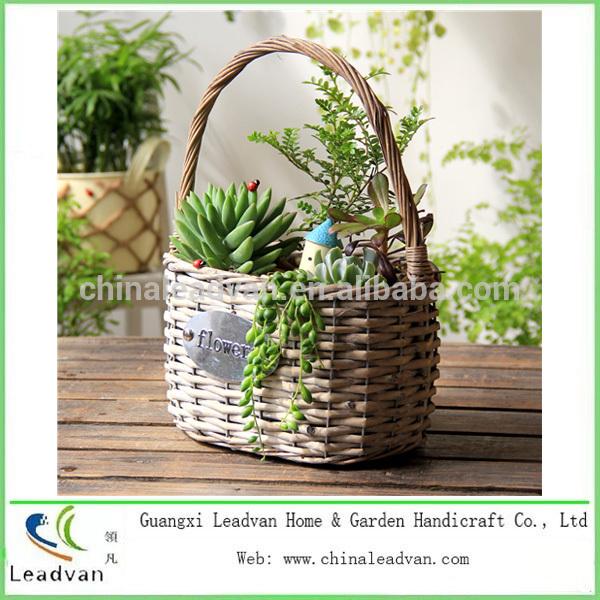 籐柳バスケット植物のための装飾的な植木鉢屋内籐フラワーポットプラスチックライナー付き木製ハンドル-民芸品問屋・仕入れ・卸・卸売り