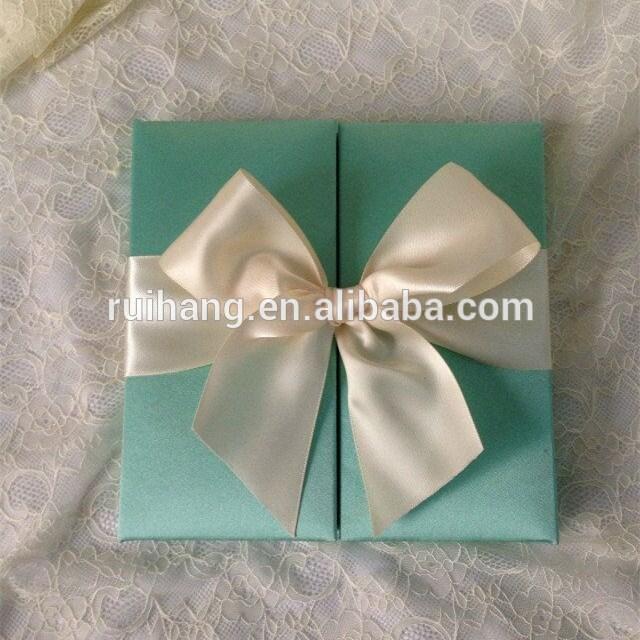 最新スタイル青い絹ボックスリボン弓が付いている果実の腐敗手作り結婚式の招待状のボックス-紙工芸品、ペーパークラフト問屋・仕入れ・卸・卸売り