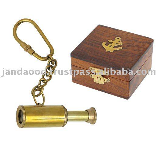 木箱が付いている真鍮の小型望遠鏡のキーホルダー-キーチェーン問屋・仕入れ・卸・卸売り