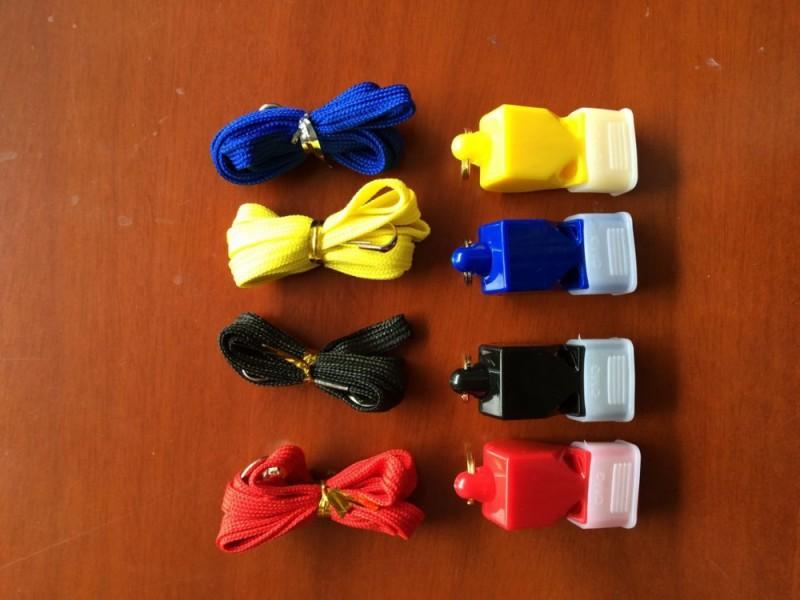 カラフルな卸売プラスチックキツネ640笛警察スポーツ笛サッカー審判の笛-ホイッスル問屋・仕入れ・卸・卸売り