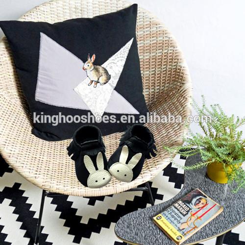 かわいいウサギのデザインベビーモカシン、柔らかいソールレザーシューズ-ベビー靴問屋・仕入れ・卸・卸売り