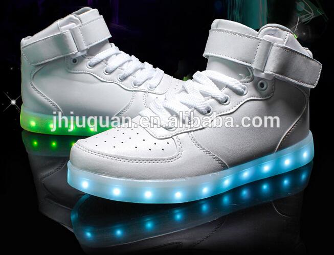 2016 ファッション pu レザー led ライト靴白と黒の色カラフル な カスタマイズ さ れ た光ランニング シューズ-問屋・仕入れ・卸・卸売り