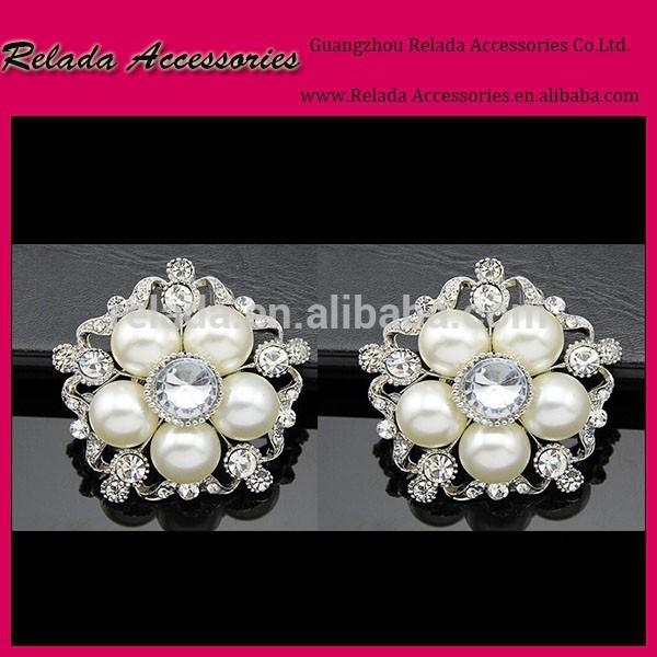 ブライダルエレガントなかかとのラインストーンブローチ真珠とラインストーン付きシュークリップアイボリーパールは、 フリップフロッ-シューズデコレーション問屋・仕入れ・卸・卸売り