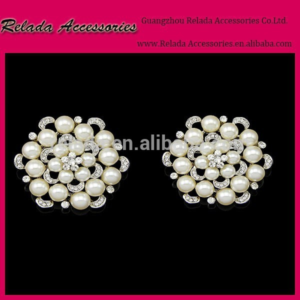 女性真珠の花の形のシュークリップ靴の装飾ブライダルパールバックルバックルrld00128rscアクセサリーシュークリップの結婚式-シューズデコレーション問屋・仕入れ・卸・卸売り