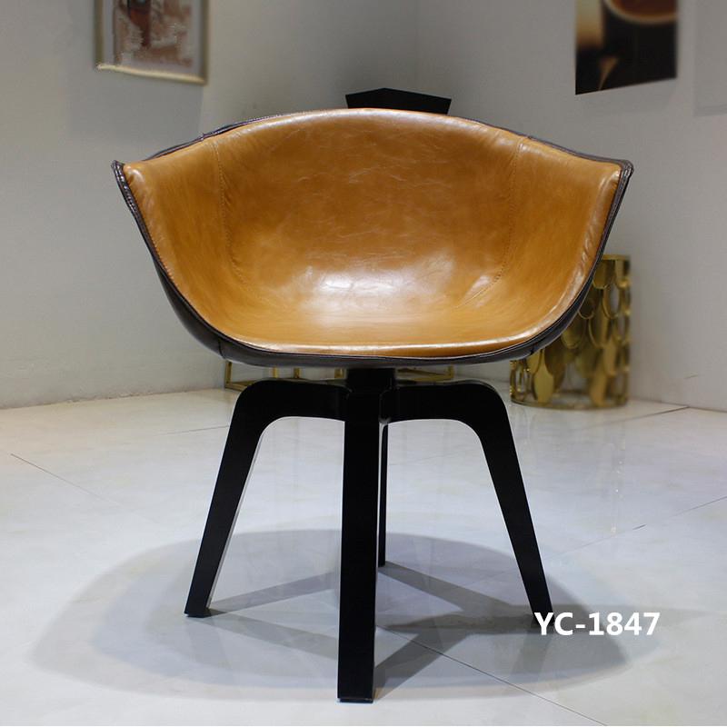 レトロ革飛行士のチェアイタリア-金属製椅子問屋・仕入れ・卸・卸売り
