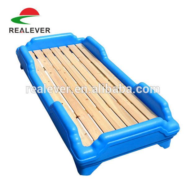 の幼稚園の家具プラスチック積み重ね可能な子供のベッドの子供のベッド-子供用家具セット問屋・仕入れ・卸・卸売り