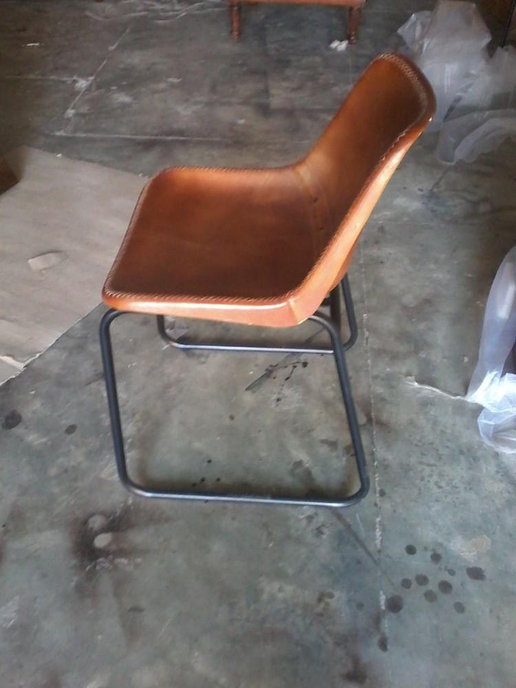 革張りの椅子、 工業用の革の金属の椅子-本革問屋・仕入れ・卸・卸売り