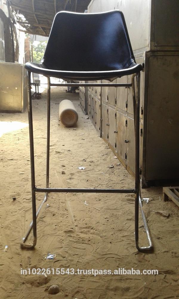 ・鉄giron黒革のダイニングチェア、 工業用の革の金属の椅子-本革問屋・仕入れ・卸・卸売り