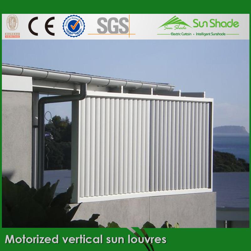カスタマイズされた屋外veriticalにモーターを備えた太陽のルーバー問屋・仕入れ・卸・卸売り