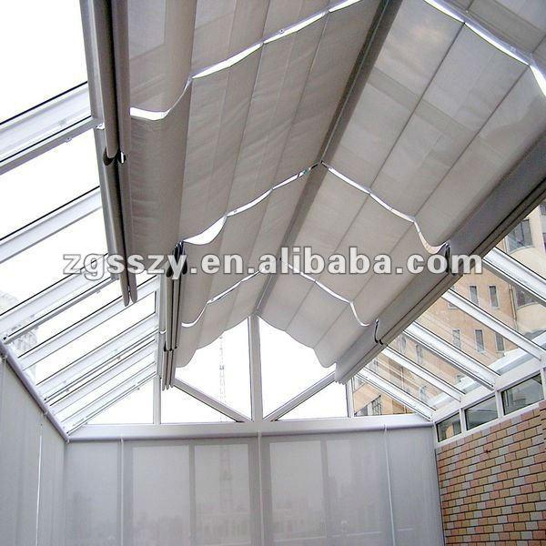 窓の陰または屋根の天窓または屋外の巻上げ式ブラインドまたは電気またはモーターを備えられた天窓のブラインド問屋・仕入れ・卸・卸売り