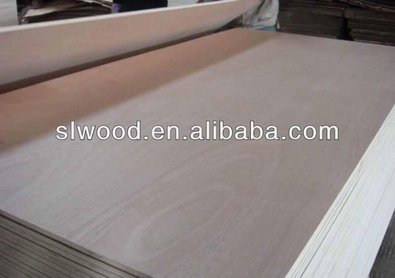 Okoume合板用2ミリメートル- 30ミリメートルfurnitue( bb/bb、 bb/cc、 cc/dd) のlywood安いokoume問屋・仕入れ・卸・卸売り